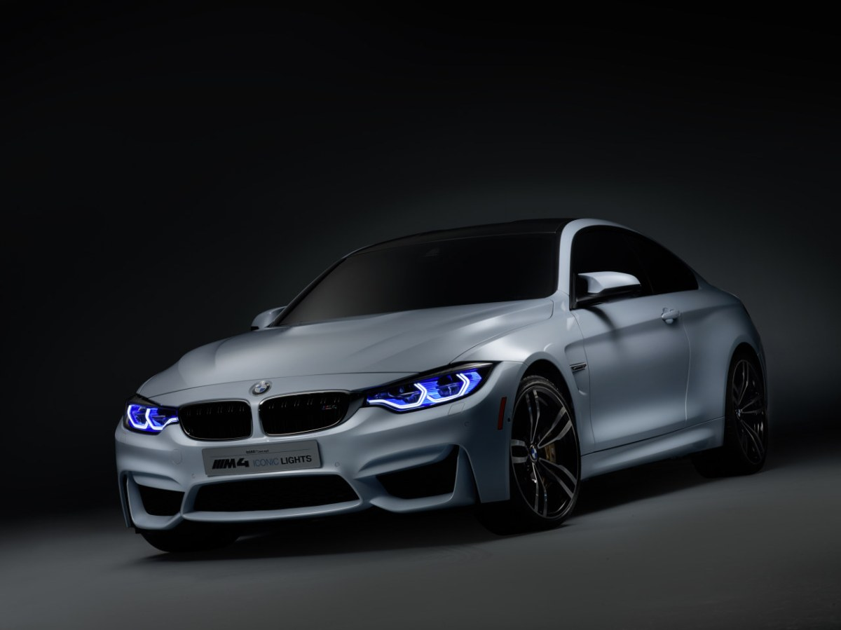 BMW-M4-Concept-Iconic-Lights-OLED-Laser-CES-2015-20
