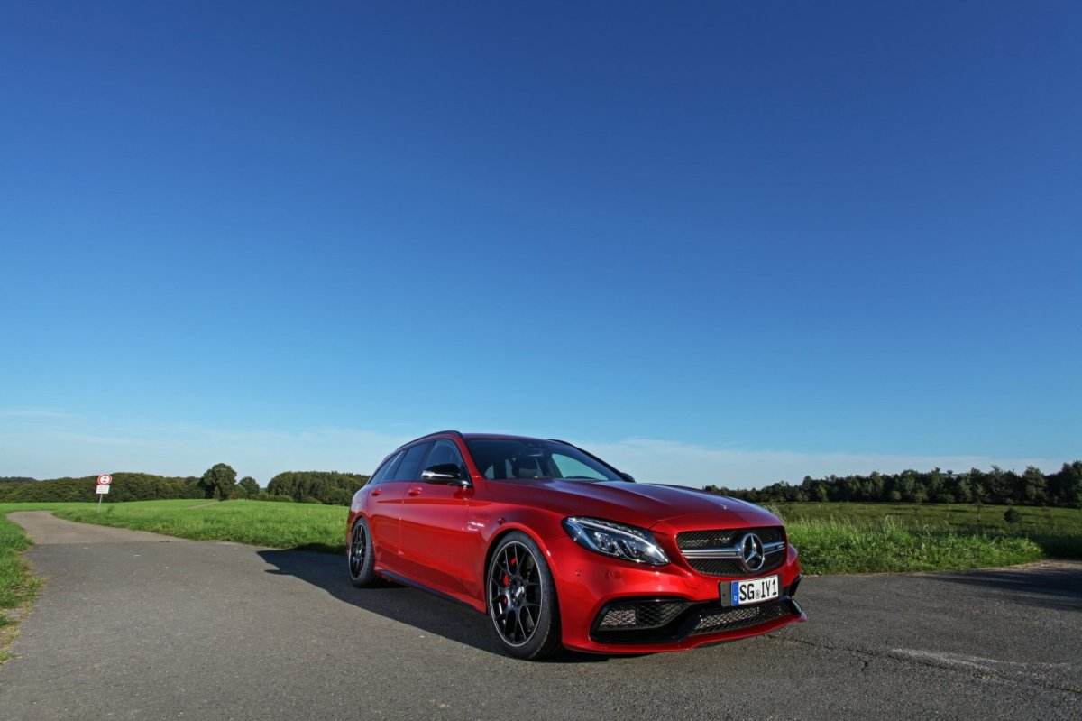 Wimmer Mercedes C63 S AMG rood 2015 01