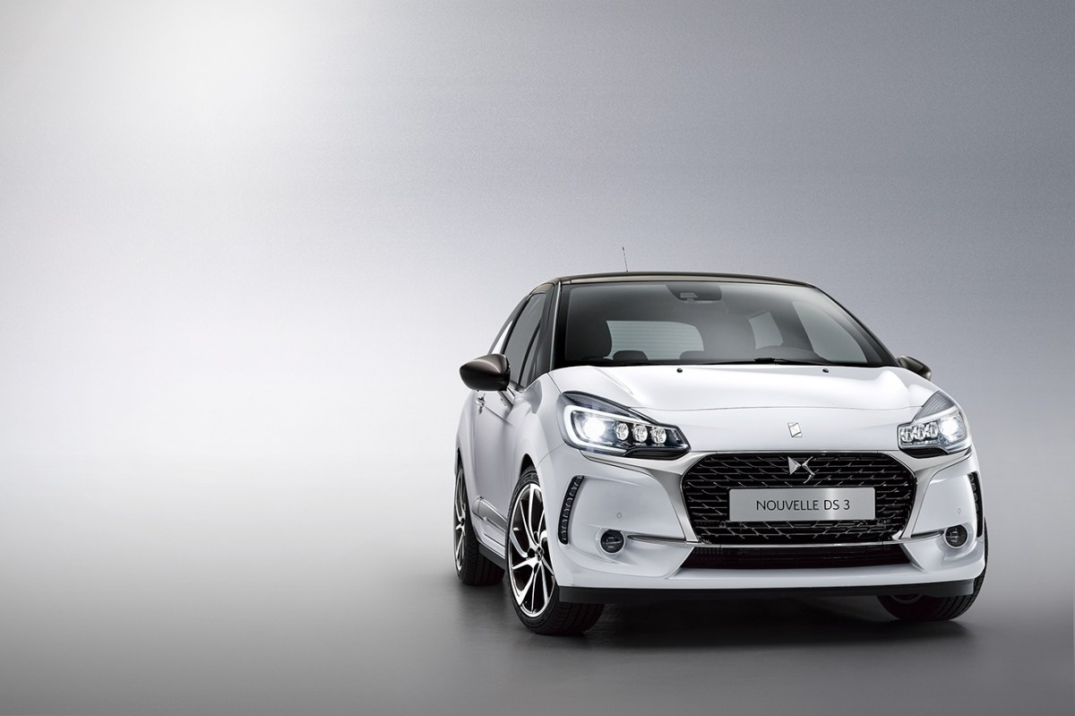 Citroen DS3 hatchback cabriolet 2016 02