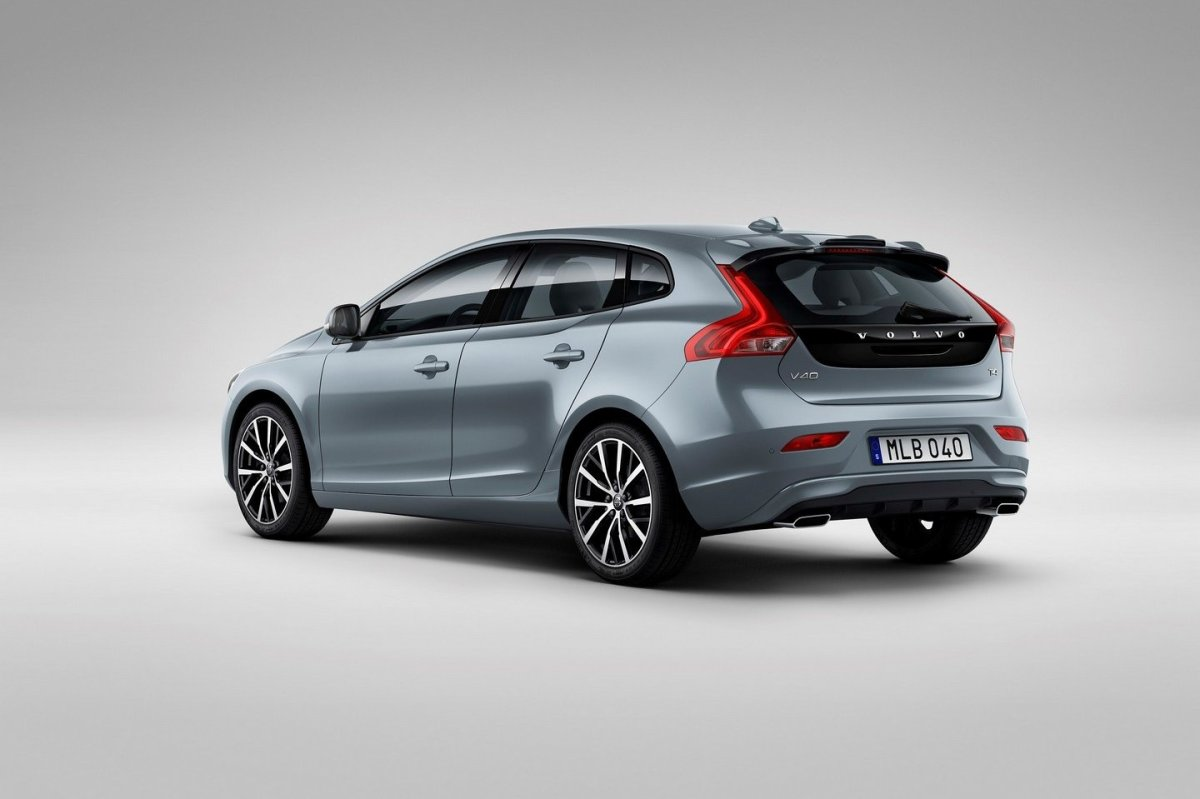 Volvo V40 Cross Country facelift Thor 2017 05