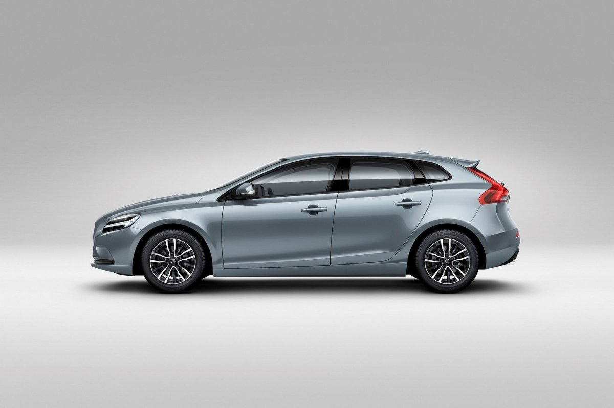 Volvo V40 Cross Country facelift Thor 2017 11