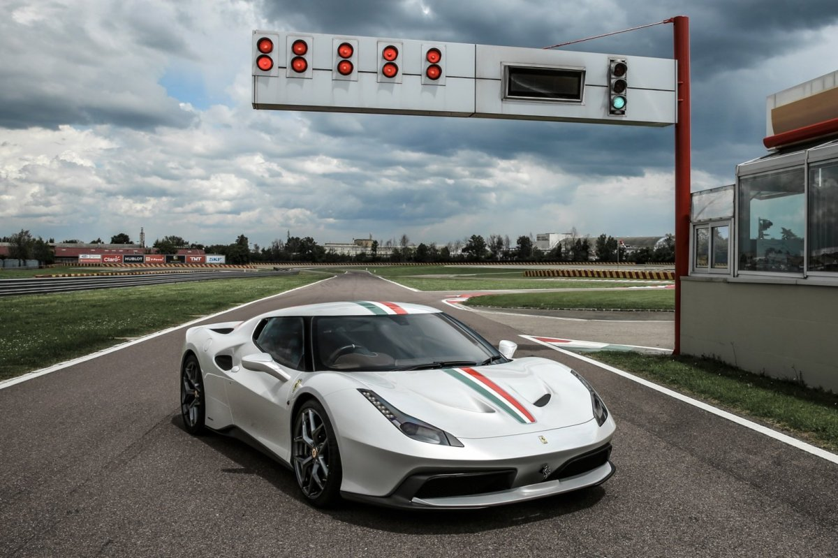 Ferrari 458 MM Speciale One Off 2016 wit 1