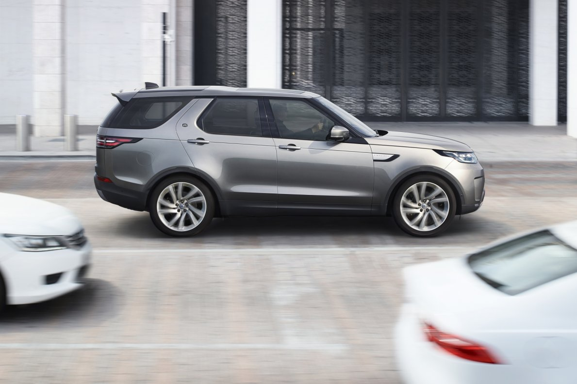 land-rover-discovery-2017-20