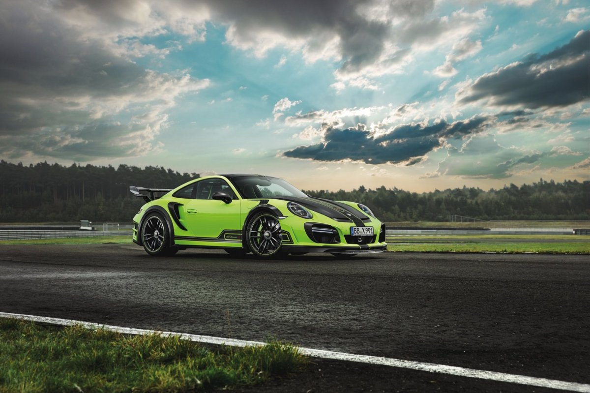 techart-gtstreet-r-porsche-turbo-s-991-2-viper-green-2017-00