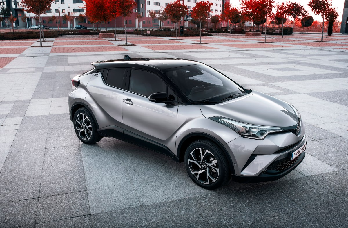 toyota-c-hr-1-2-turbo-awd-grijs-2017-07