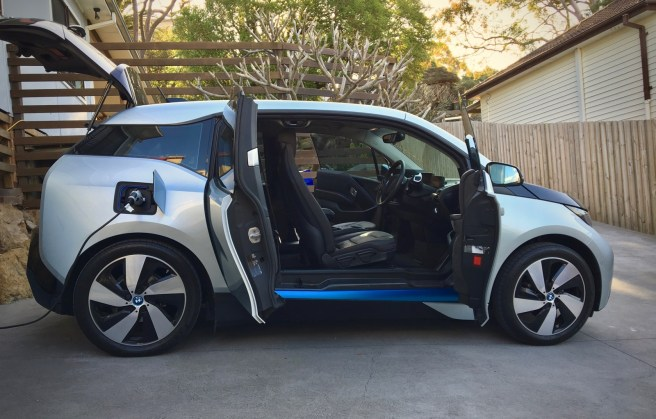 A Look At The Bmw Ouc Occasional Use Charger Included With The I3