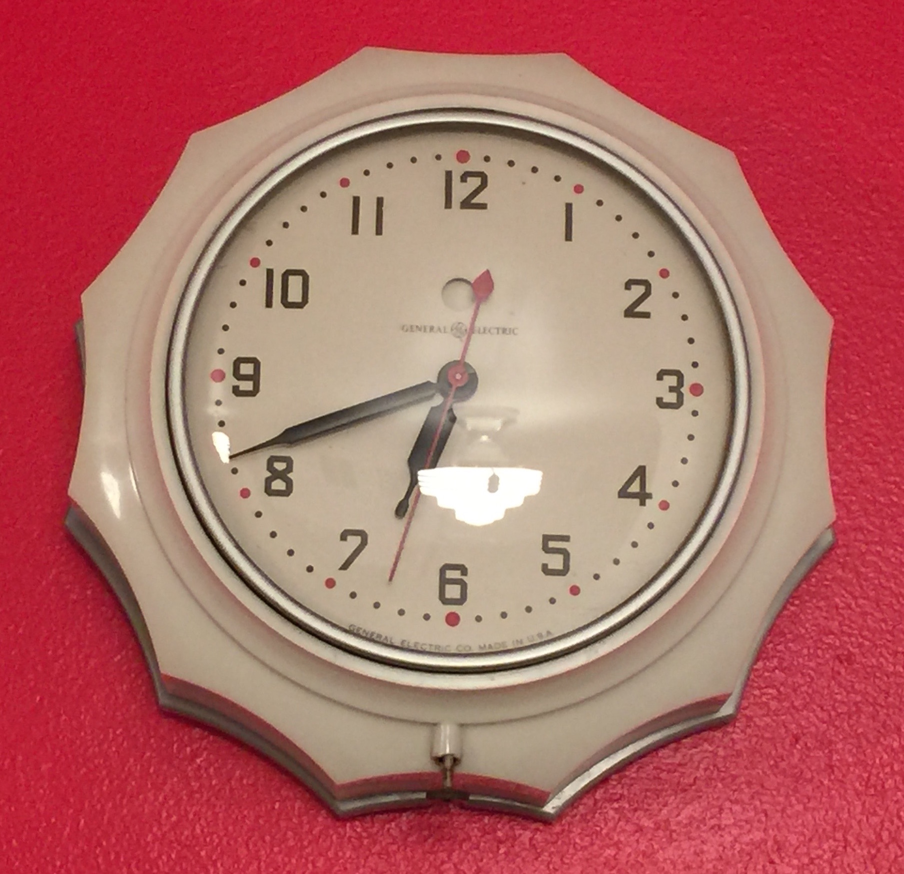Time to collect art deco clocks driving for deco the general electric new hostess kitchen clock 1934 1941 1947 1952 amipublicfo Gallery
