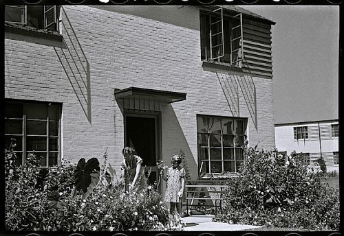 Greenbelt Cottage House and Garden, circa 1938.