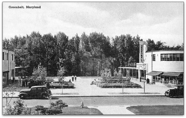 Town Square, 1938 postcard.