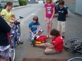 Fahrrad-Unfall mit Ketchup-Wunde