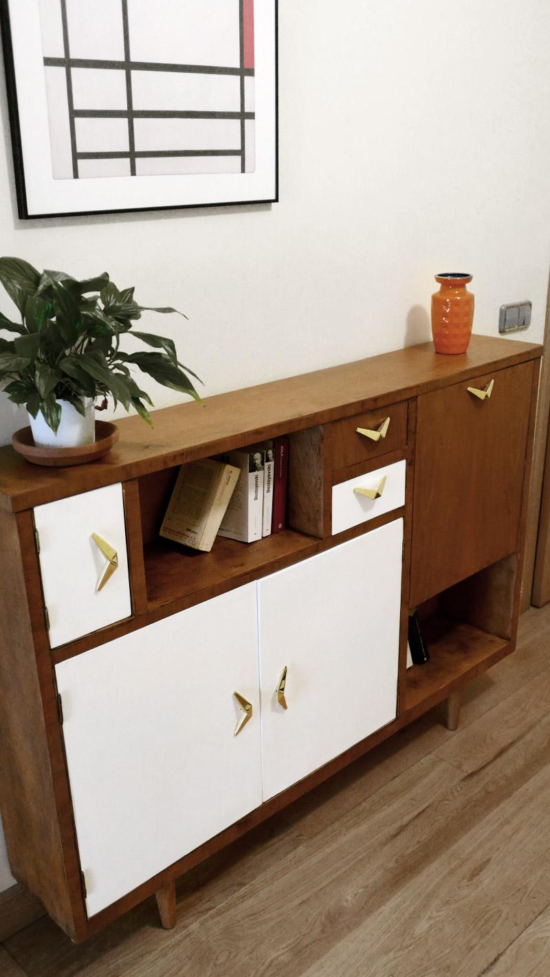 Mueble de pasillo renovado