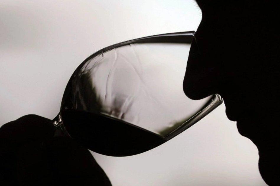 Frekans Tıbbı Yöntemi ile Alkol Bağımlığı Tedavisi