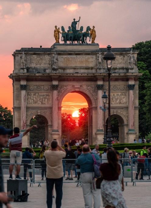 Carrousel Arc de Triomphe zum Sonnenuntergang