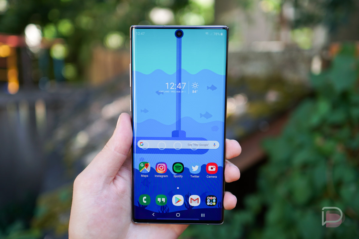 Cool Wallpapers To Go With Your Galaxy Note 10 S Camera Cutout