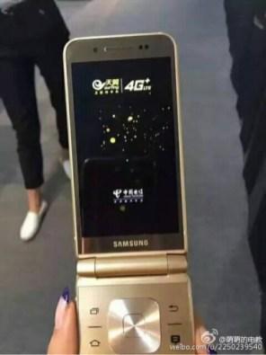 Samsung-SM-W2017-03