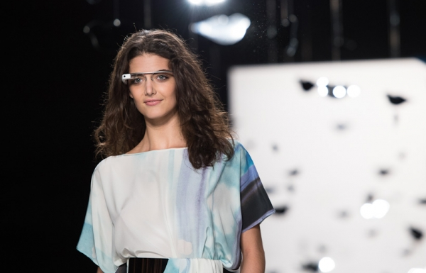 Google's Project Glass makes its way to New York Fashion Week