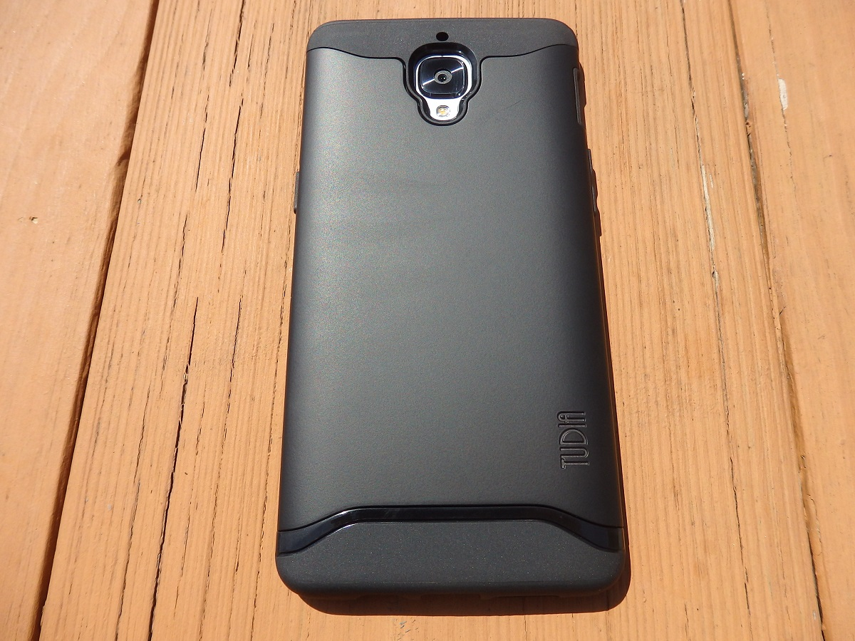 [Review] A quick look at the Tudia cases for the Oneplus 3