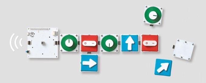 Google_Bloks_pucks