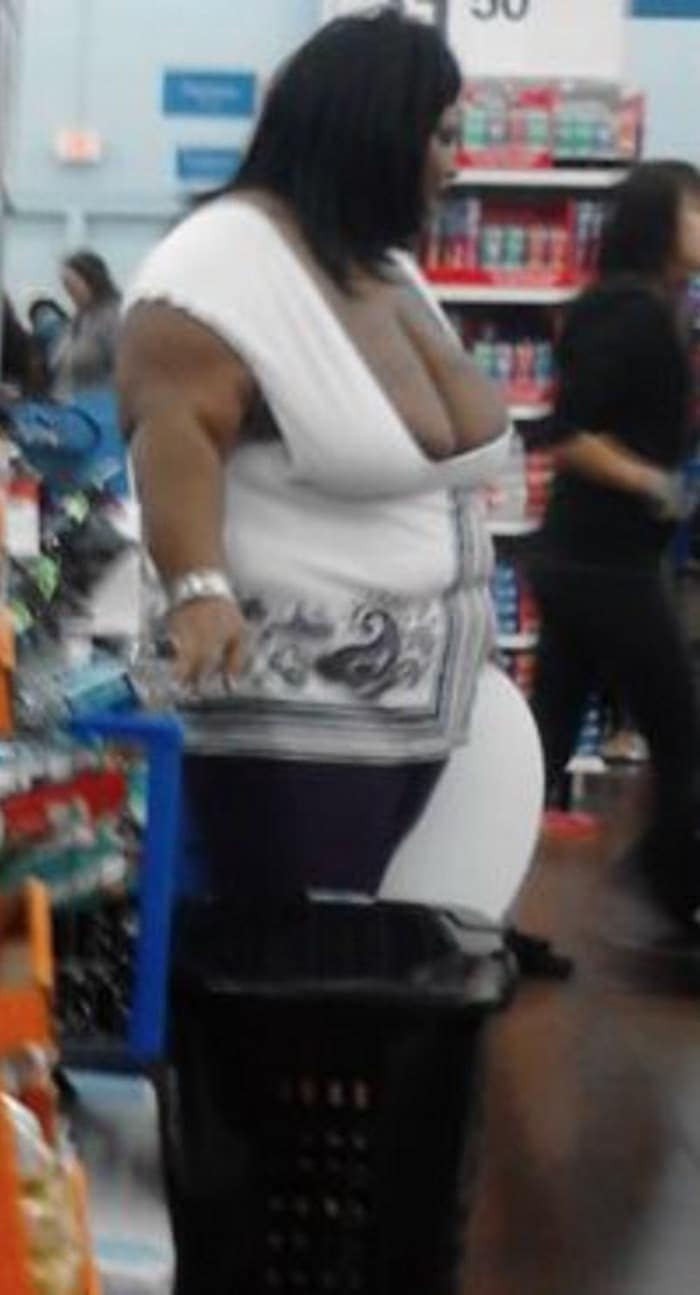 The 35 Funniest People Of Walmart Pictures of All Time -01