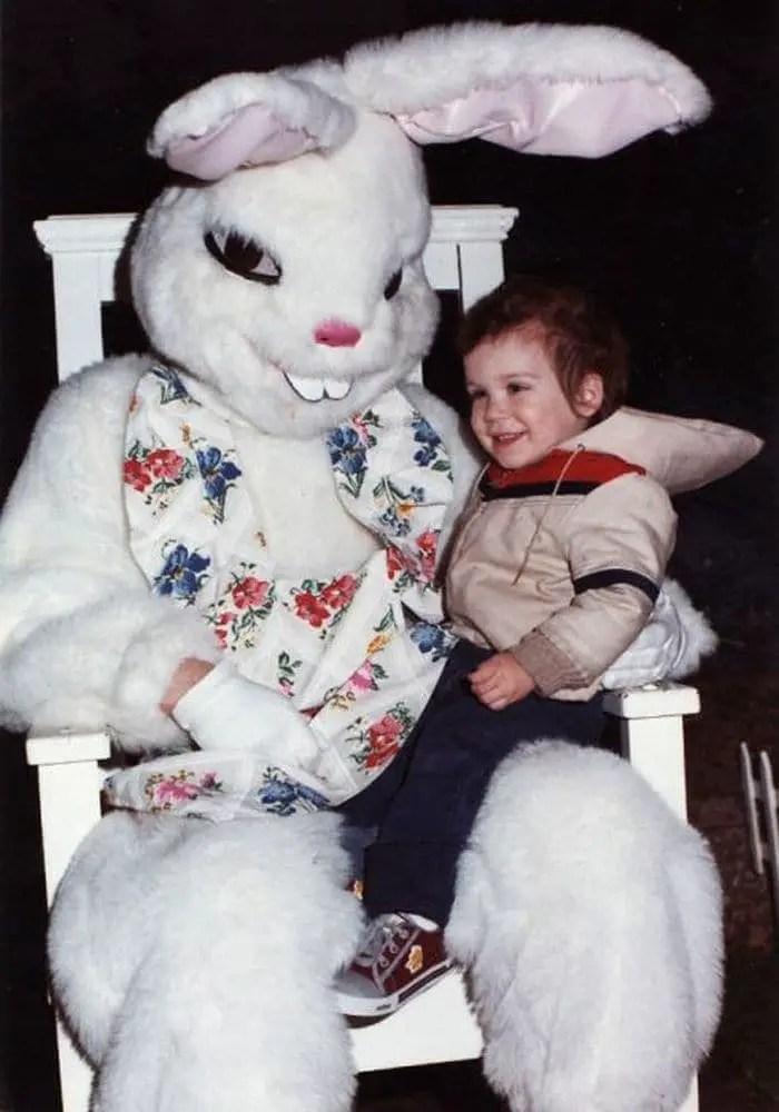 20 Creepy Vintage Easter Bunny Pics Guaranteed To Make You Say WTF -05