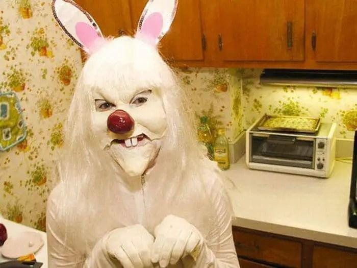 20 Creepy Vintage Easter Bunny Pics Guaranteed To Make You Say WTF -08