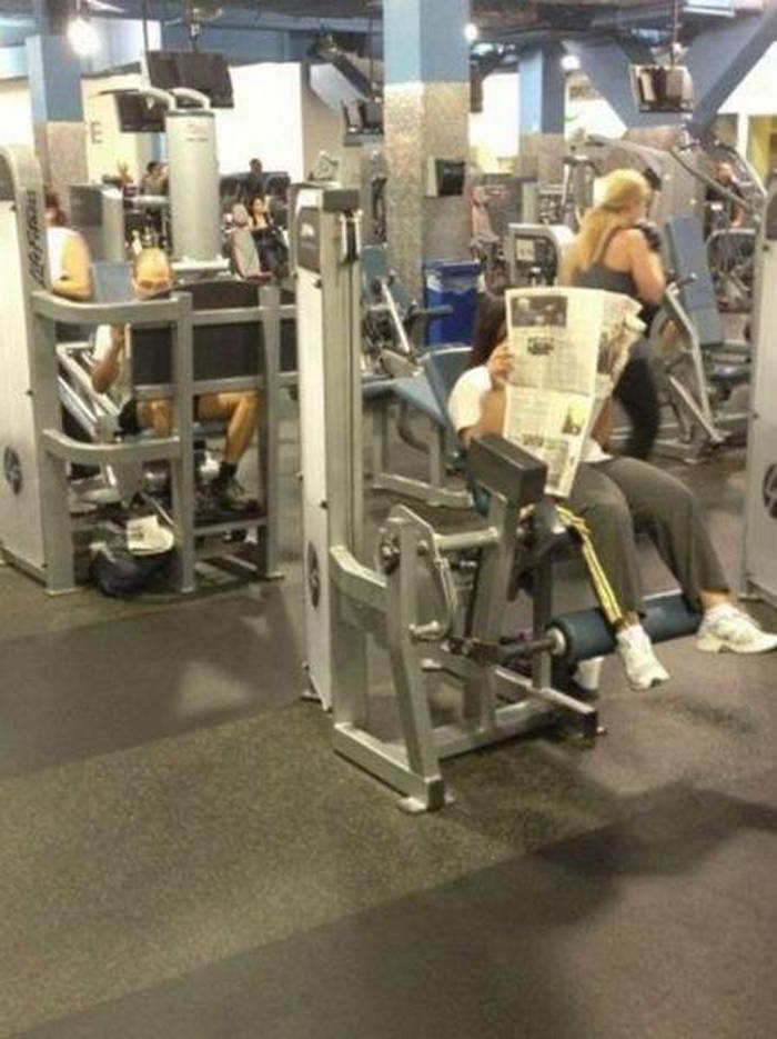 27 Epic Fail Gym Photos That Will Make Your Day -18