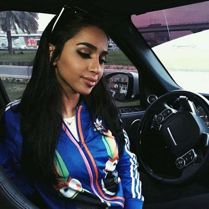 37 Pics of Rich Kids of Saudi Arabia That Will Amaze You -16
