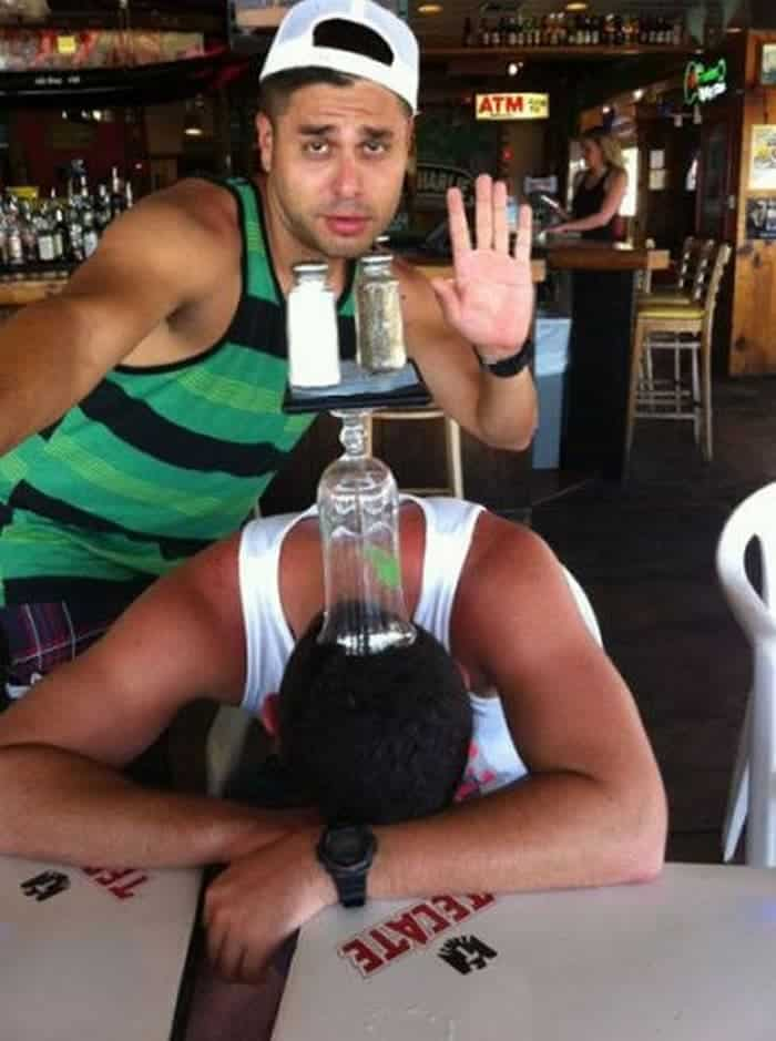 48 Ridiculous Drunk People That Will Shock You -26