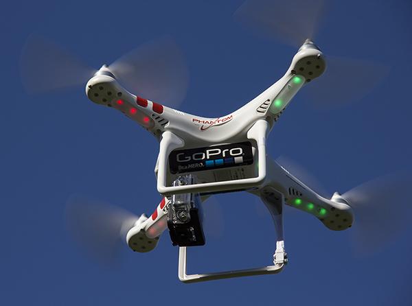 První záběry z dronu od GoPro