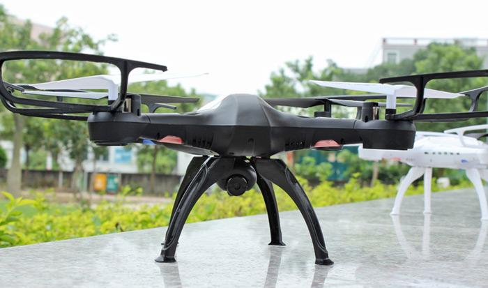 Yuxiang 668-Q8 WiFi FPV – dron ovládaný pohybem telefonu