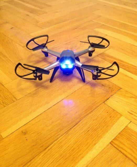 Preview Eachine H99W – mini dron s FPV
