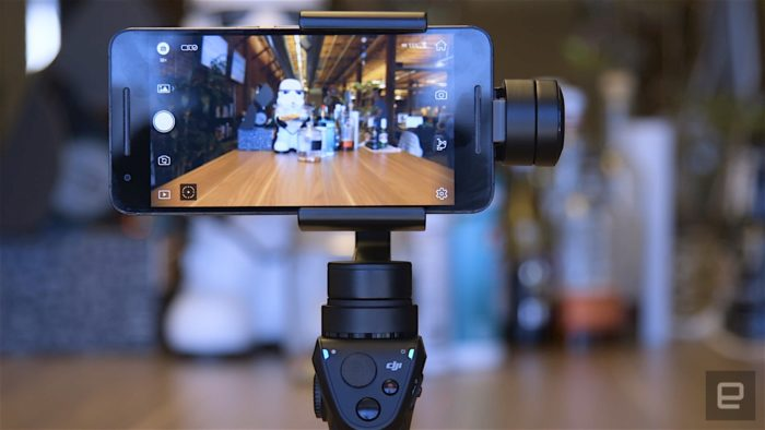 DJI Osmo Mobile – Gimbal pro smartphony s funkcí Active Track