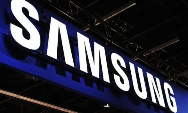 Samsung si nechal patentovat létající displej. Bude nás obtěžovat reklama na každém kroku?
