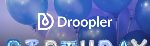 Droopler logo. Below, there are several hands holding baloons in shape of letters that are arranged to form a word