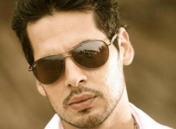 Dino Morea | I Can do that zee tv | Wiki | Contestants list | Wiki | Pics | Images | Wallpapers