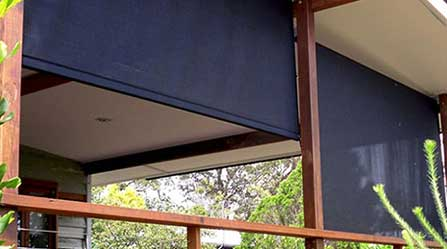 D Amp R Sunshades Outdoor Blind Specialists