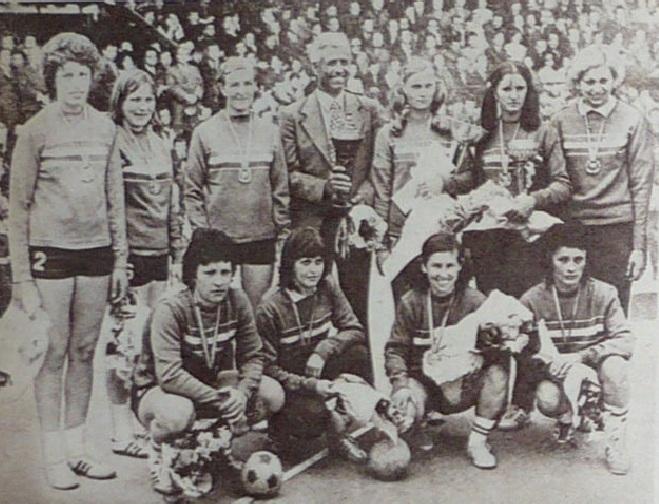 Titlu U 1976