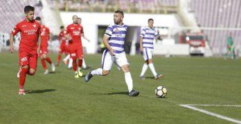 Bilanț alb-violet: Bozian, singurul polist cu prezențe în toate cele 21 de etape din Liga a II-a