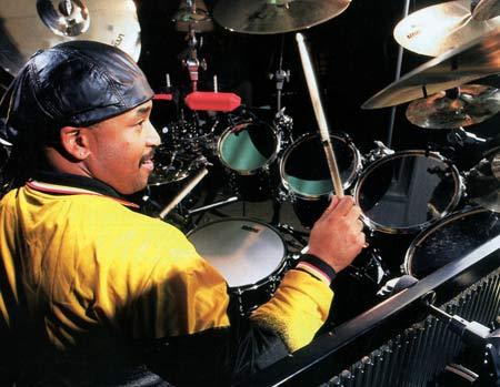 https://i2.wp.com/www.drummerworld.com/pics/drum3/carterbeaufordnicholasburnh.jpg