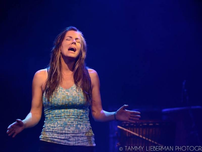 Wendy Oldfield Singing