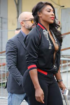 Serena Williams   Arriving at Gucci SS2017