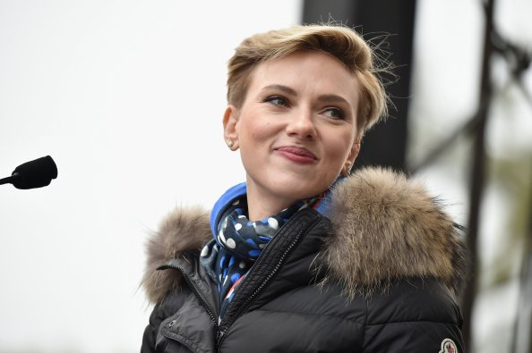 Scarlett Johansson at the womans march 1024x681 Scarlett Johansson at the womans march