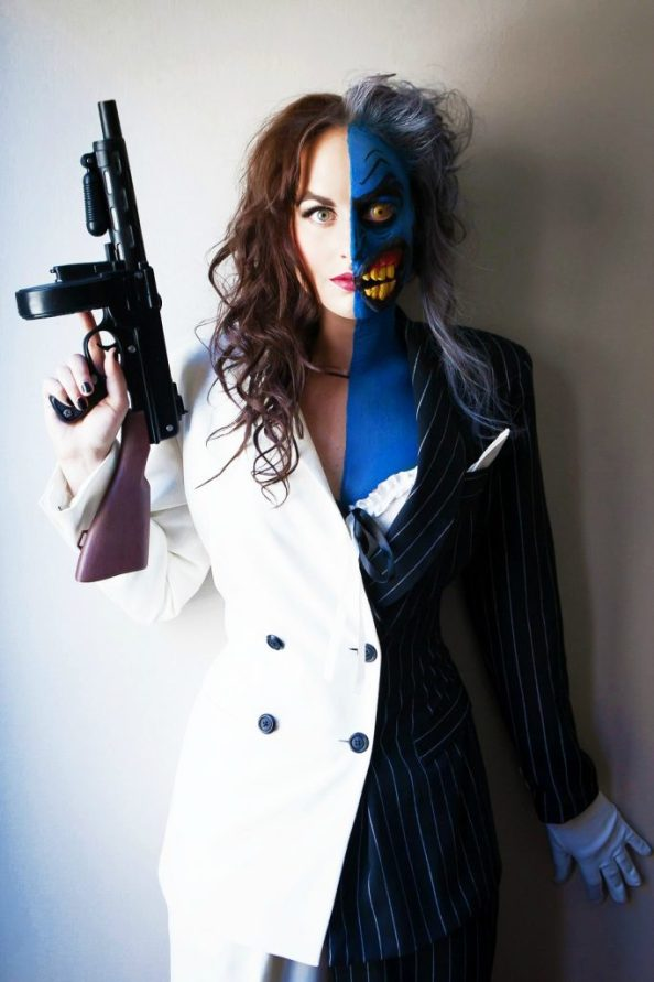 Two Face Cosplayer 683x1024 Two Face Cosplayer