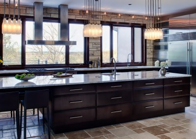 Polished Rustic Vacation Home Kitchen