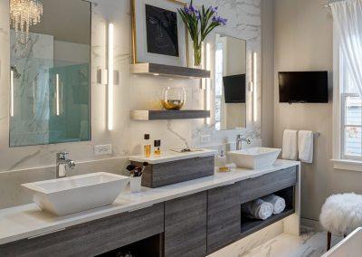 Chic Contemporary Master Bath Redesign – Glen Ellyn