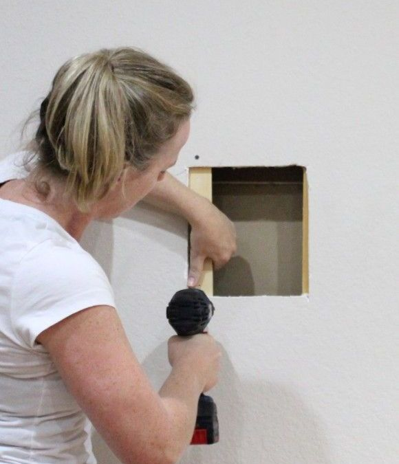 DIY – How to Repair a Hole in Your Drywall