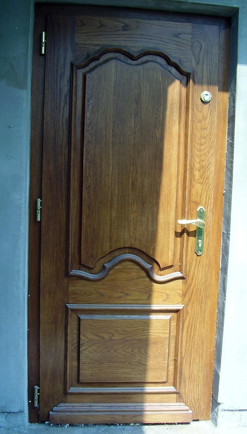 Drzwi zewnatrzne recznie zdobione