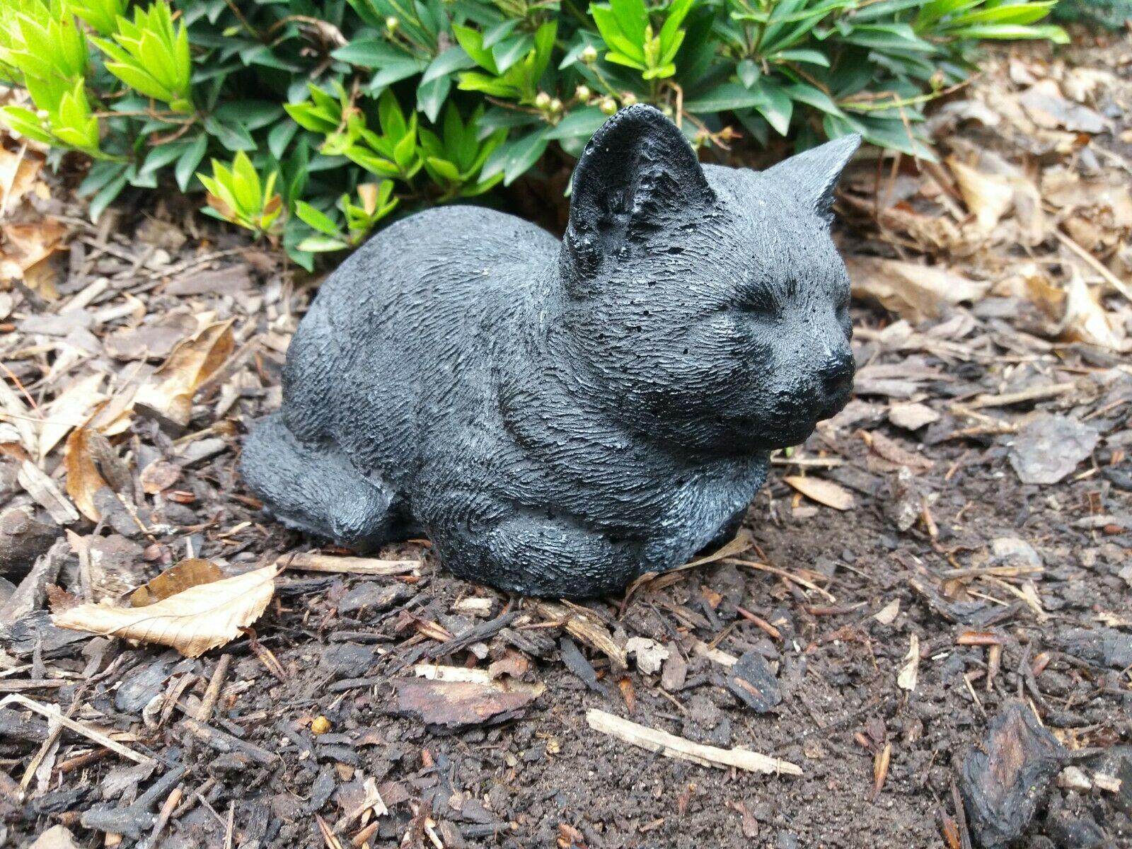 Steinfigur Katze ruhend Steinguss Frostfest Garten Deko
