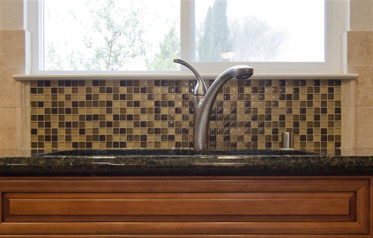 sink mosaic backsplash