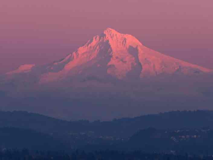 Alpenglow on Mt Hood